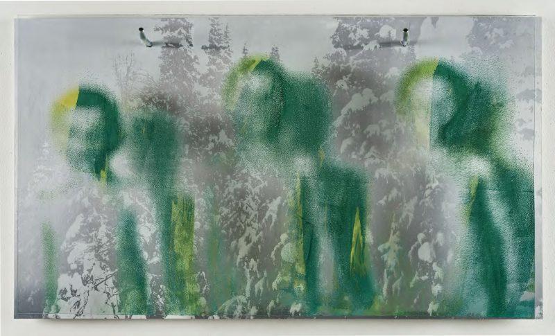 Tomas Colbengtson - Urfolksskuggor. Silketrykket emlaje på glass og silketrykk på aluminium.   L 120  cm H 71 cm B 20 cm